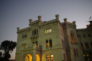 800px-Castle_Miramare